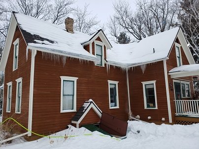 Winter Gutter Cleaning Service Near Me | Roofing ...